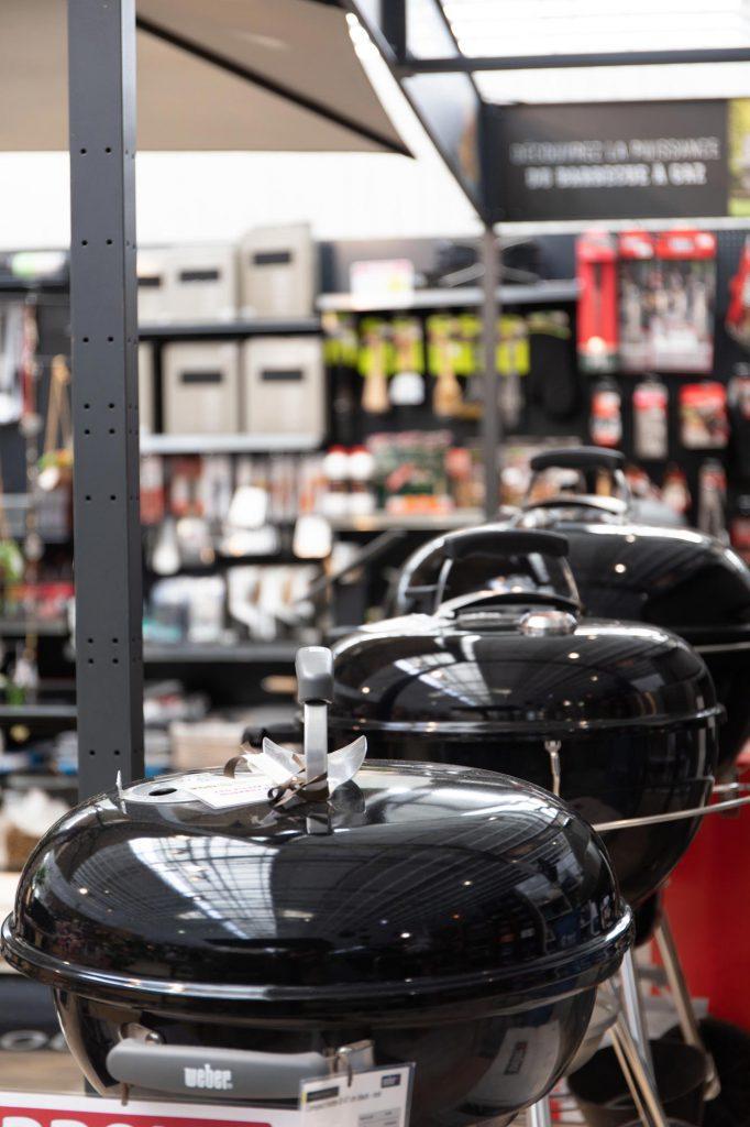 gamme de barbecue Weber, Laforge, plancha Tonio dans notre magasin